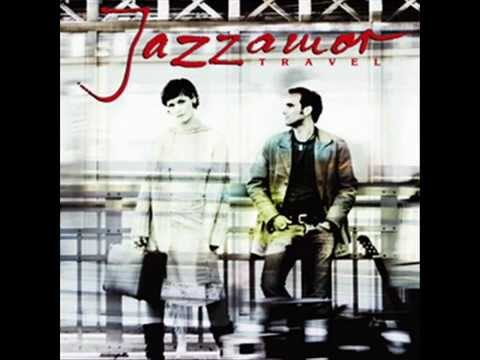 Jazzamor ~ Fly Me To The Moon