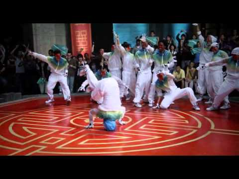 Step up 3D (Madcon - Beggin) [dancing on water]