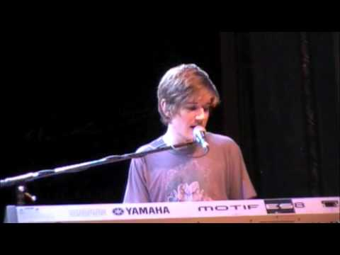 "Bo Burnham - ""My Whole Family"" - Aladdin Theater - 10/16/2009 *EXPLICIT*"