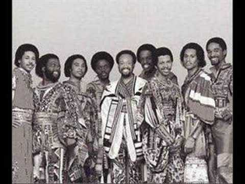 Earth, Wind & Fire - Sing a Song