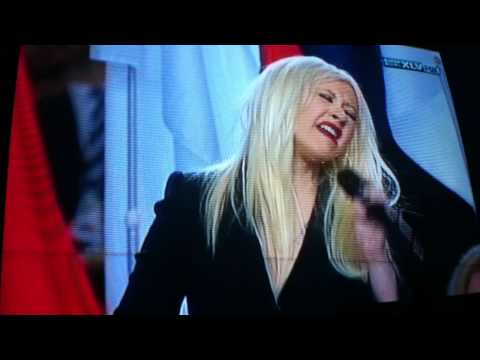 2011 super bowl- christina aguilera- national anthem