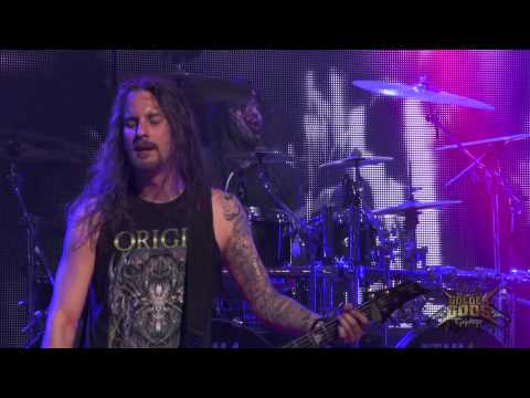Revolver Golden Gods 2014 - Suicide Silence Plays Roots Bloody Roots w/Max Cavalera